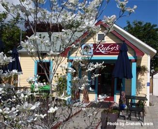 Photo of Ruby's in Ashland
